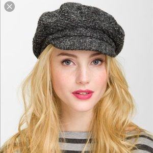 Authentic Burberry Newsboy Cap Olive